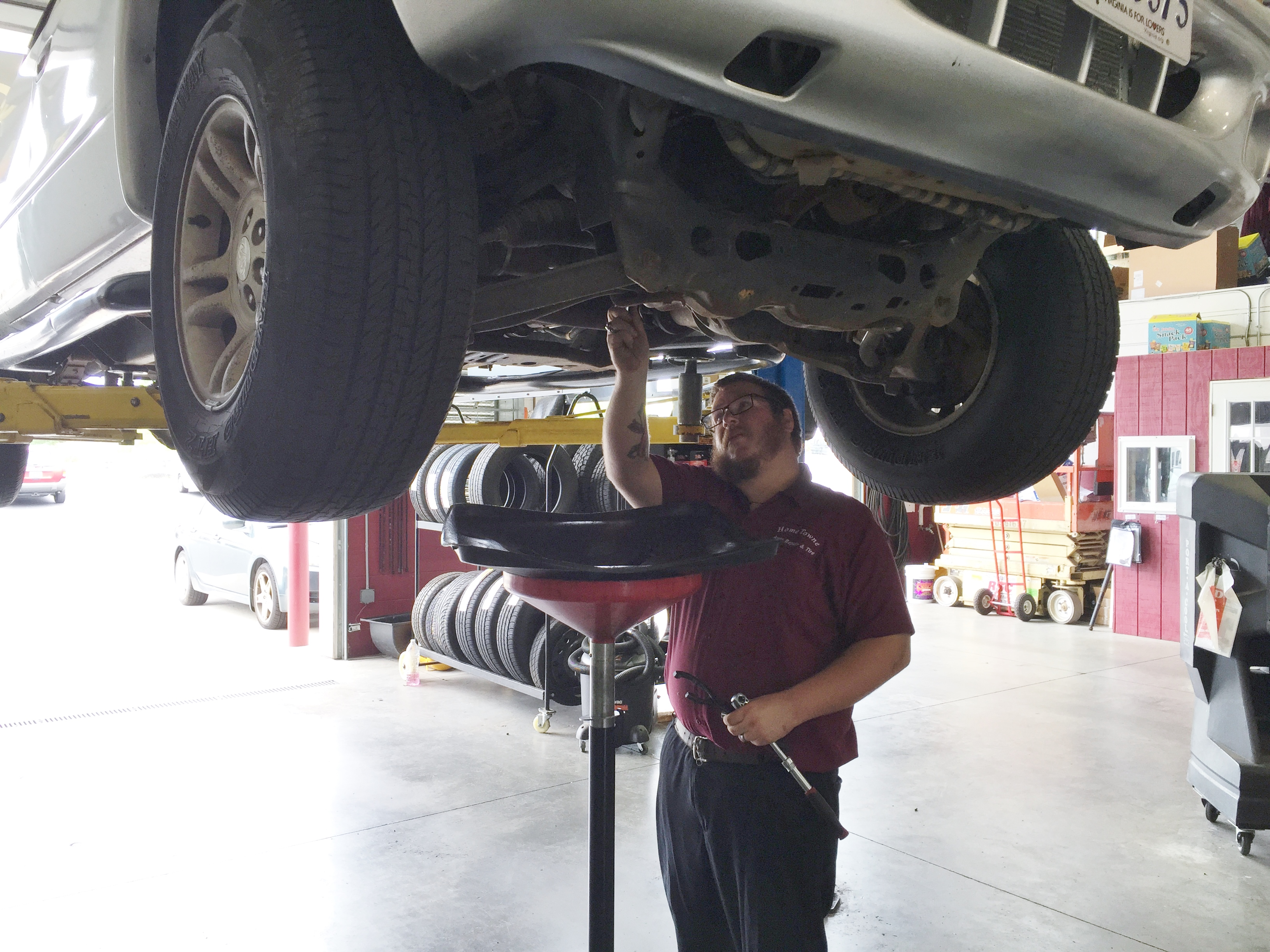 how change oil vehicle Oil chemistry and engine technology have evolved tremendously since the days  of the 3,000-mile oil change the majority of vehicle manufacturers now.