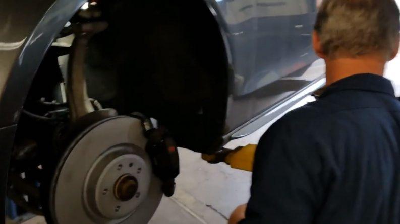 Brake disk and pads